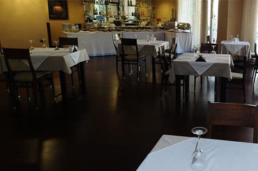 restaurant<